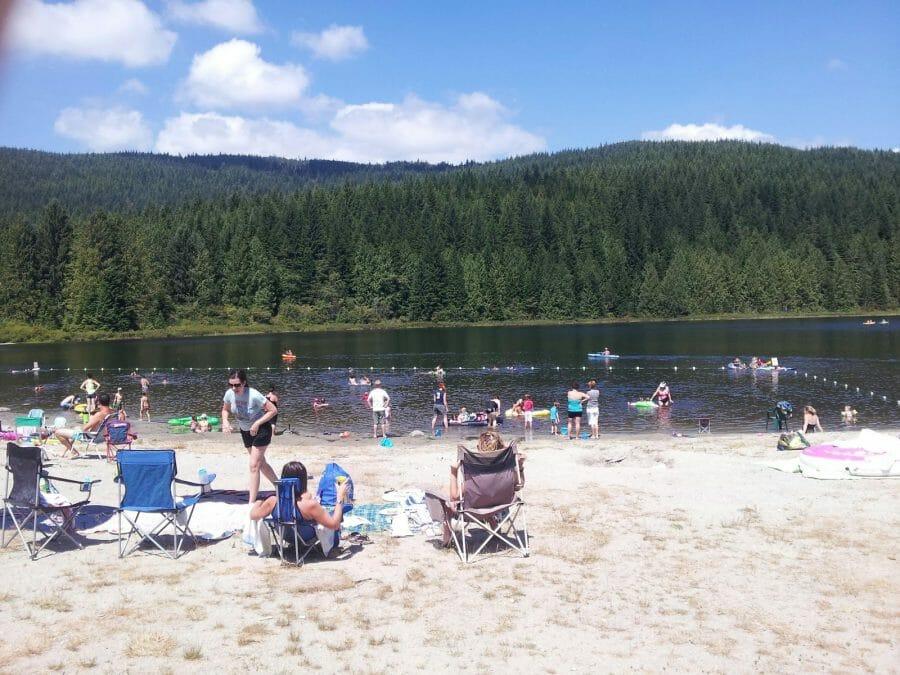 озера Ванкувера, озера Канады, rolley lake, озеро Ролли