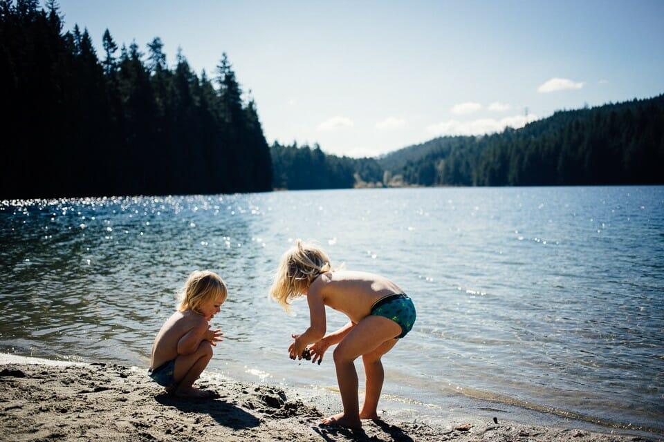 Лучшие озера Ванкувера. Где покупаться в Ванкувере. Sasamat Lake, озеро Сасамат