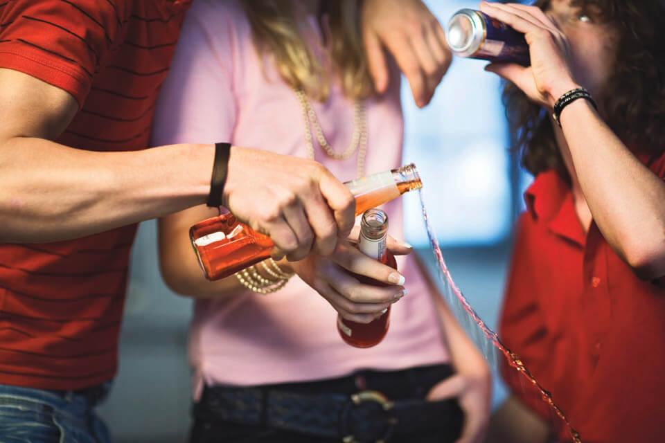 Вредные привычки канадцев. Что губит канадцев?