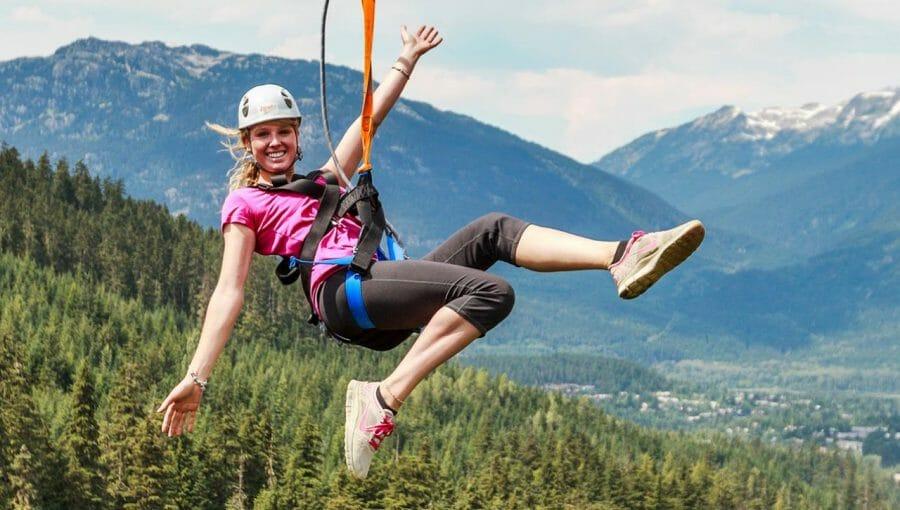 список вещей, чем заняться в Британской Колумбии, Аттракцион ZipTrek в Whistler