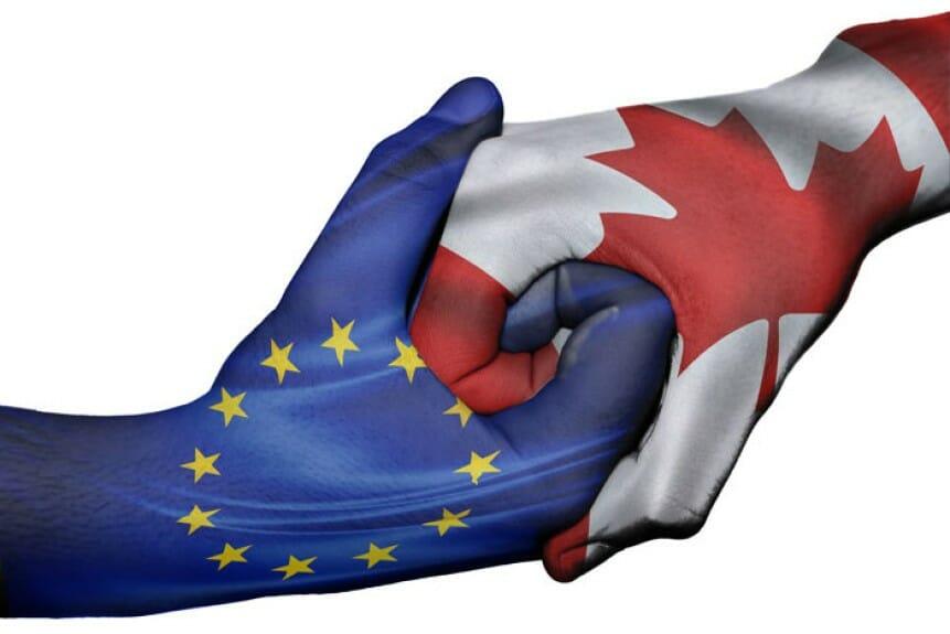 ЕС и Канада хотят осенью подписать торговое соглашение