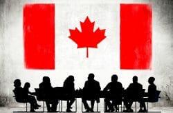 Канаде нужно больше иммигрантов, чтобы поддерживать экономику страны