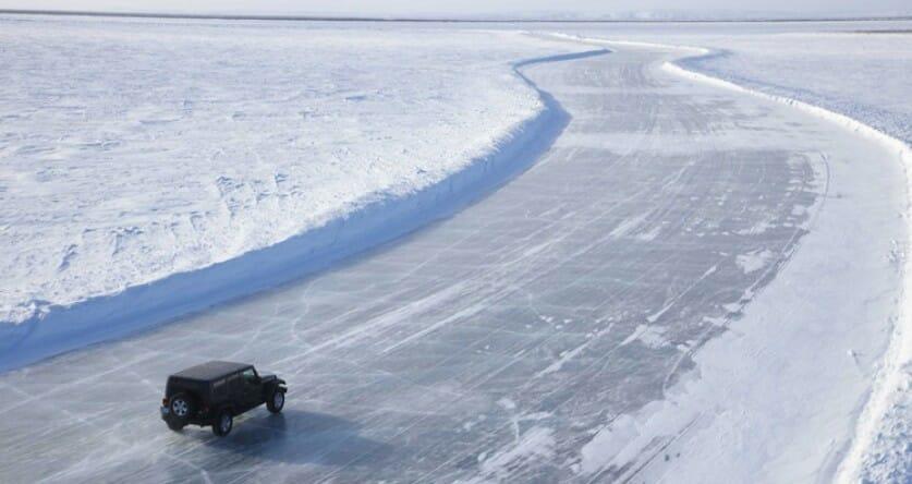зимний экстрим, туризм Канада, ледяная дорога