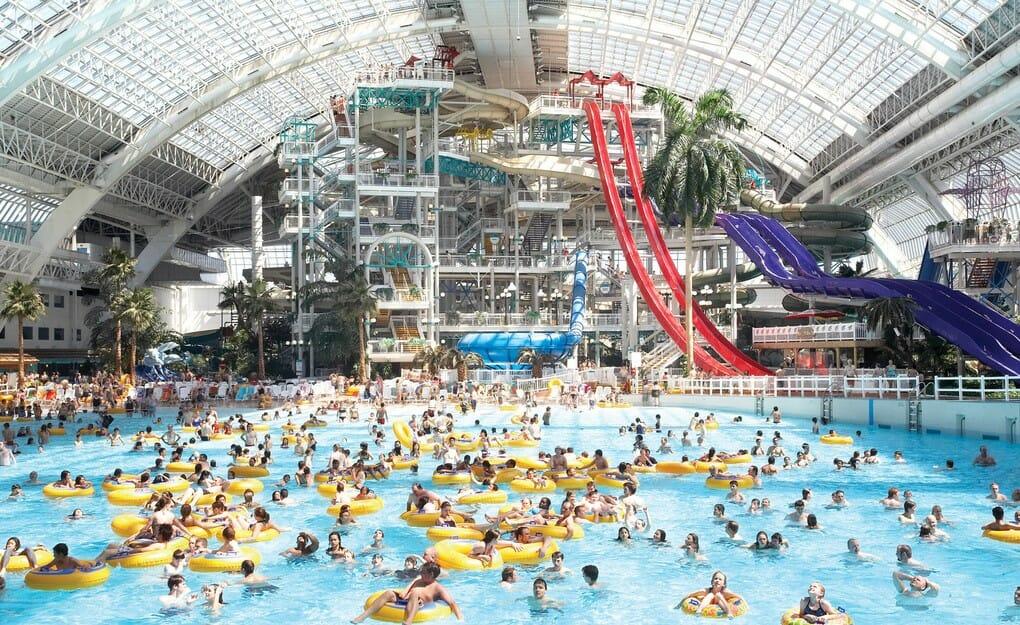 Аквапарк в Эдмонтоне,Канада,крытый аквапарк Северной Америки,самые лучшие аквапарки мира