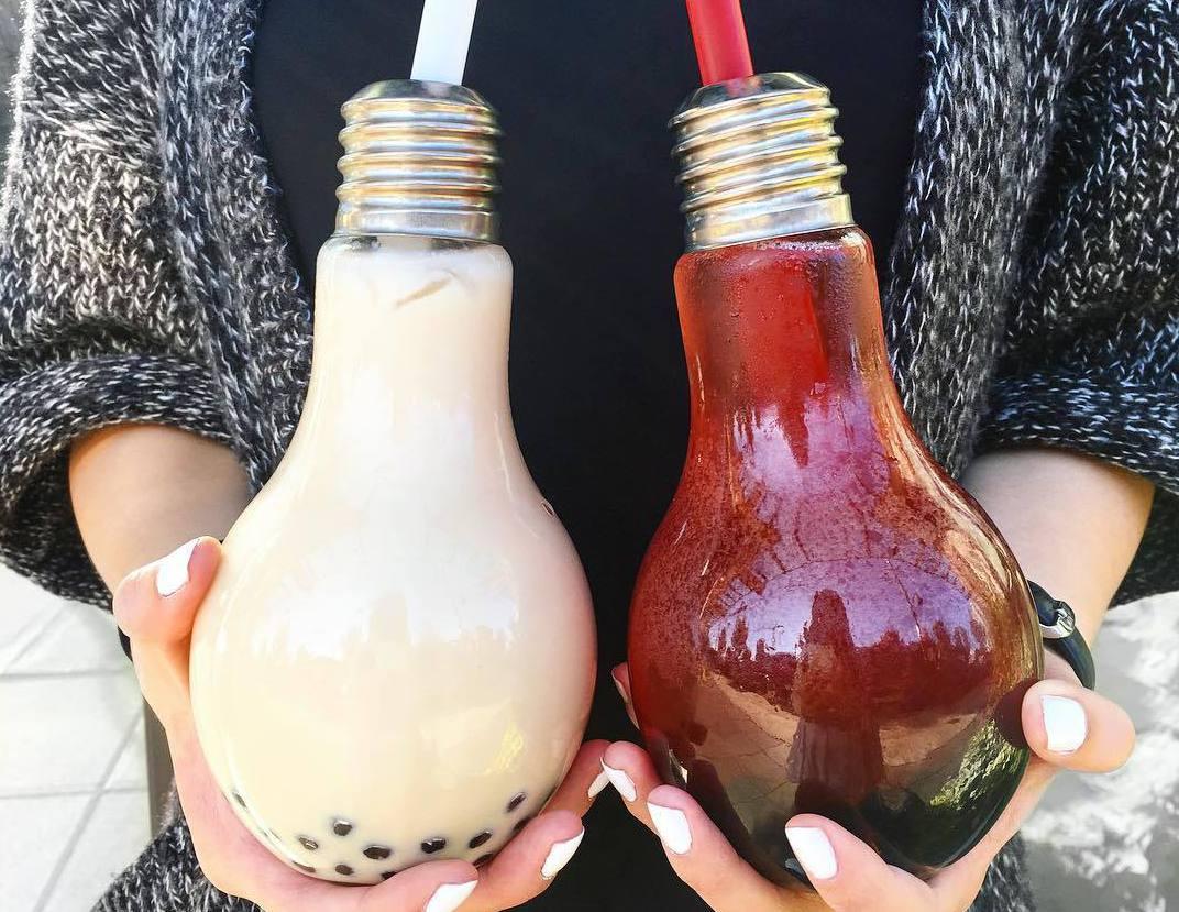 напиток из лампочки, еда Ванкувер, где покушать в Ванкувере