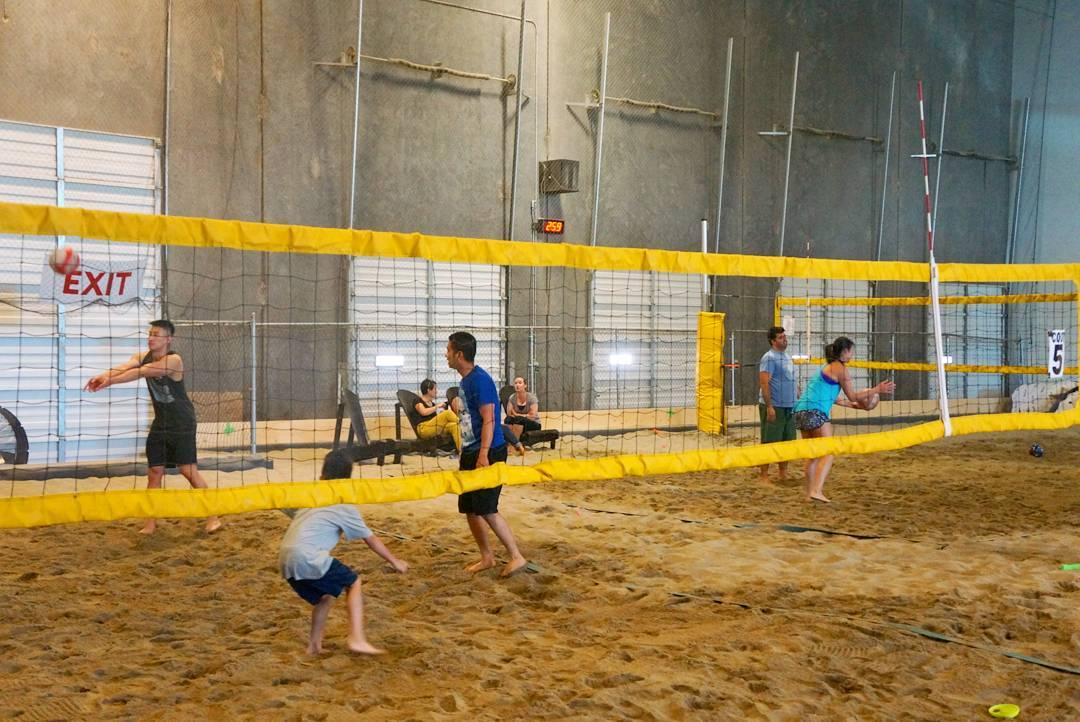 волейбол в Ванкувере, чем заняться в Ванкувере, дождливый день,
