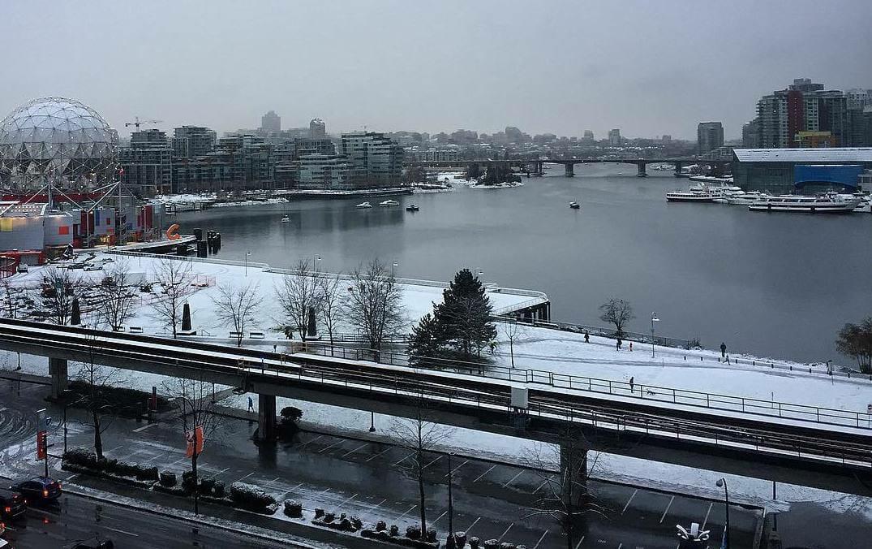 первый снег в Ванкувере, снег Канада