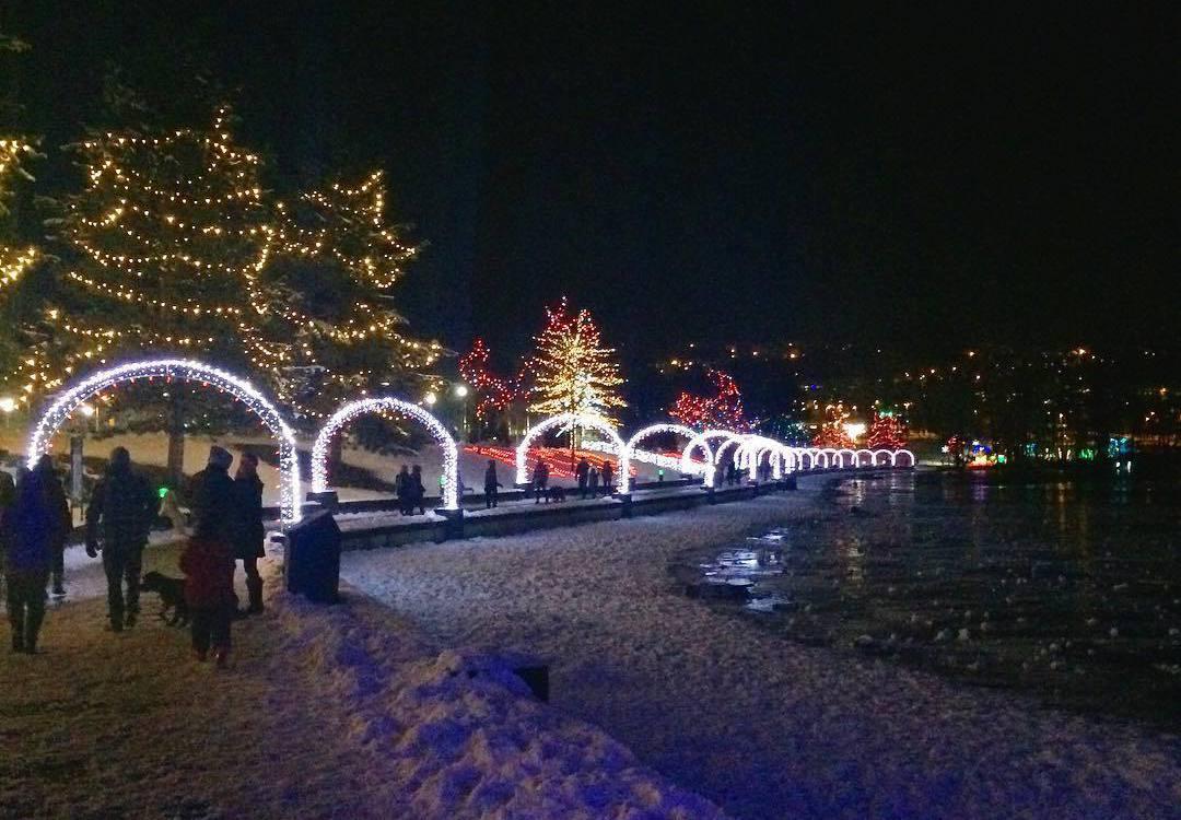 рождественская тропа, Кокуитлам, рождество в Ванкувере, озеро Лафардж