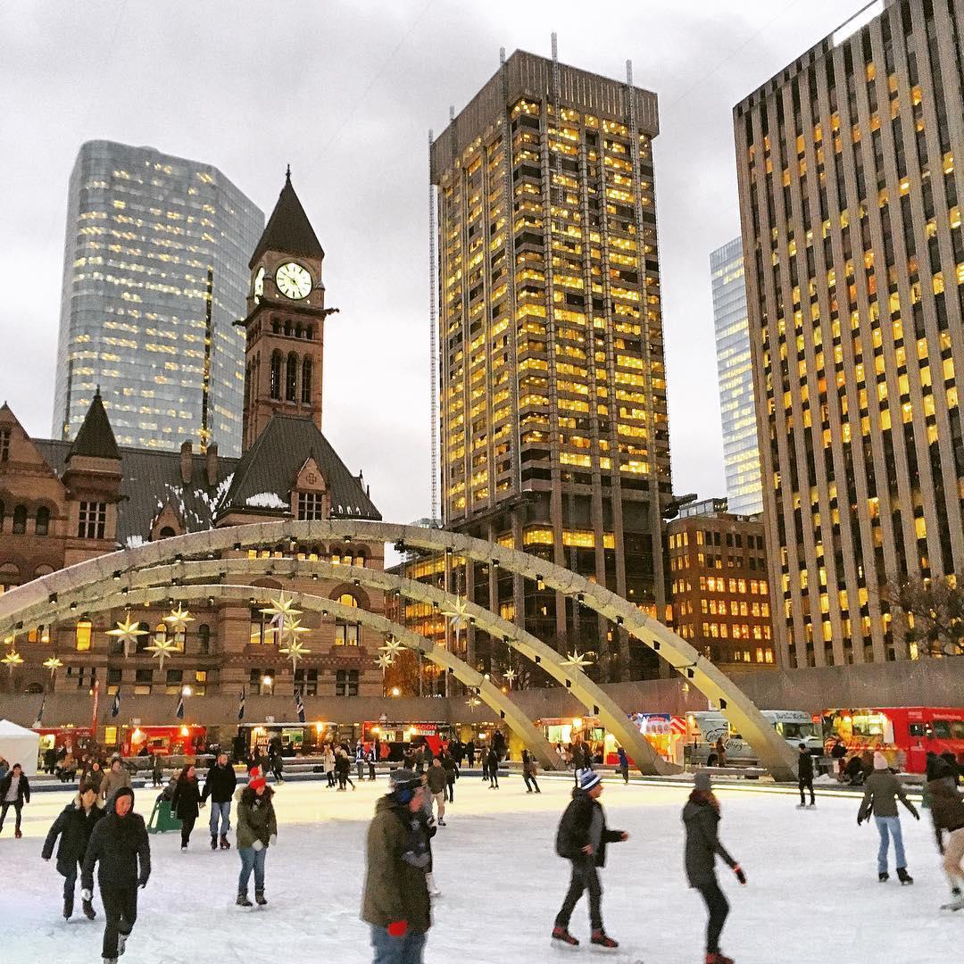 торонто новый год, торонто Канада, Елка в Торонто