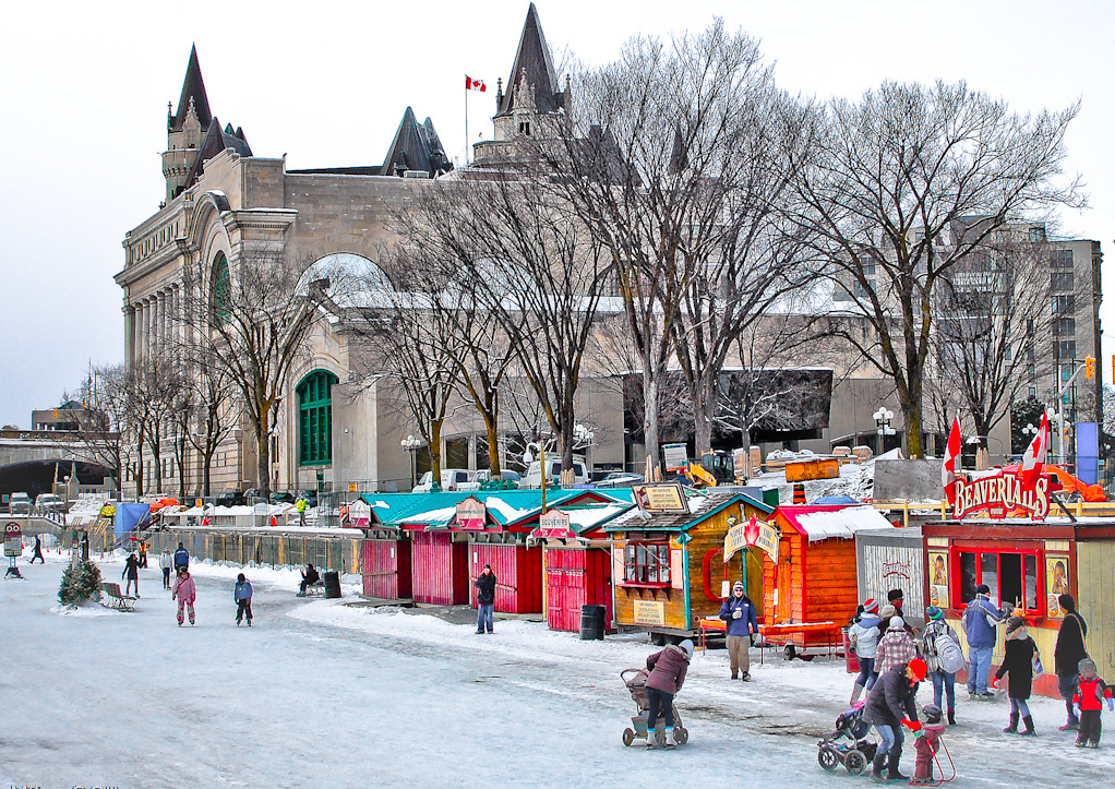 фестиваль Winterlude, Оттава Канада, каток Ридо