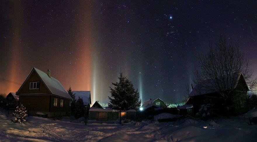 столбы света в России, световые столбы, природное явление, Канада