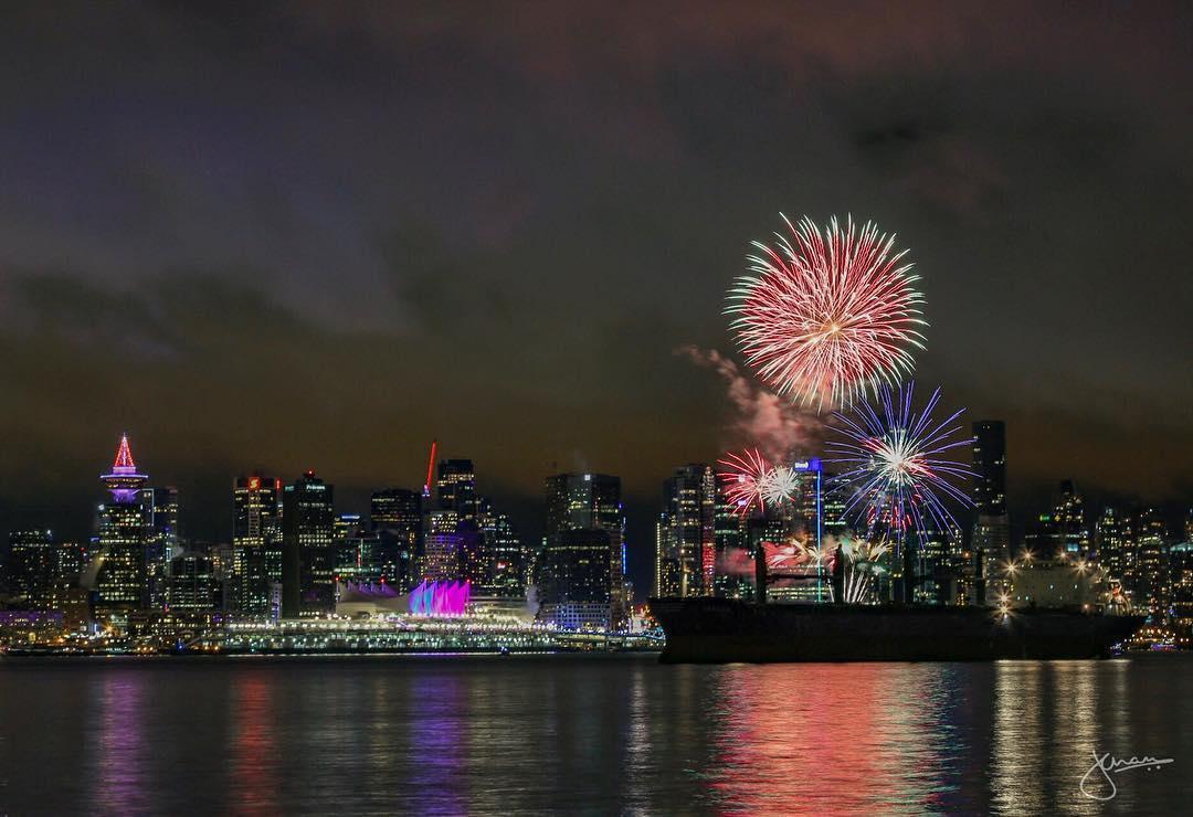 Concord's New Year's Eve Vancouver celebrations, Ванкувер Новый год, фейерверк