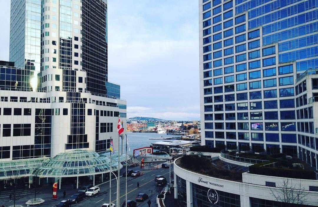 солнечный день, Ванкувер Канада, Ванкувер время