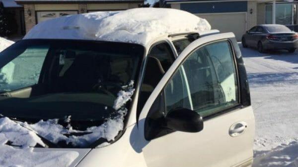 штраф Канада, автомобиль, снег на крыше, большой штраф