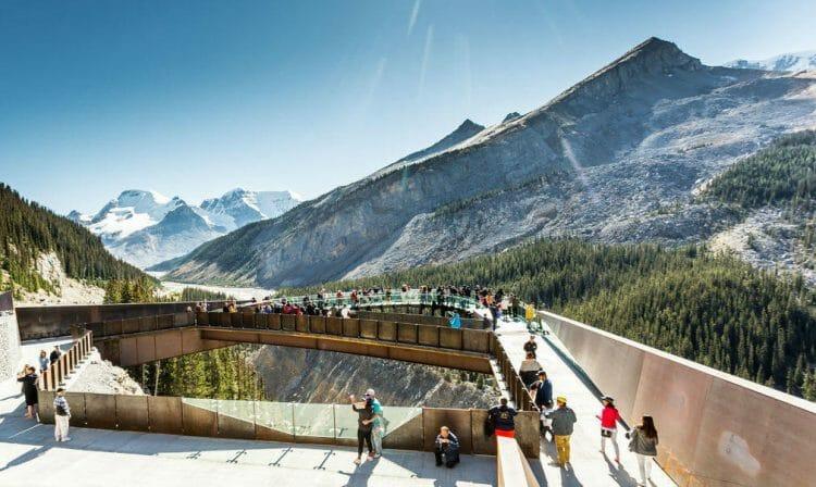 Канада, ледник, туризм, места в Канаде, куда поехать в Канаде