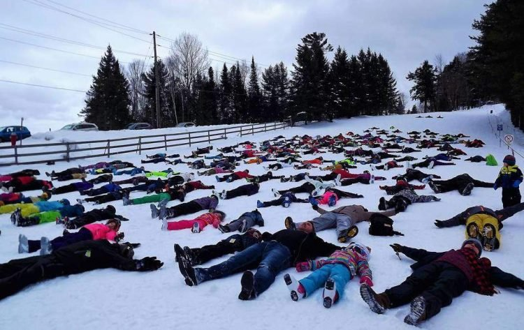 рекорд Гиннеса, Канада, снежный ангел