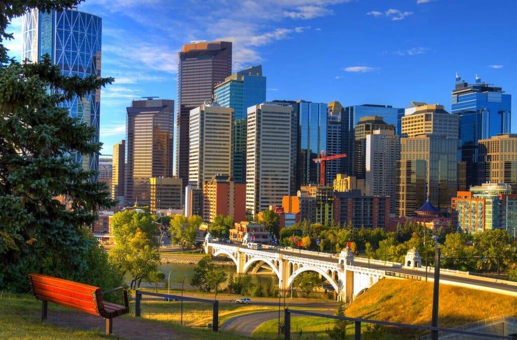 Лучшие города канады для жизни дубай погода в мае