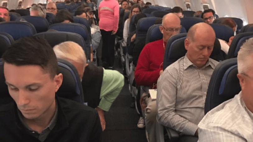 Новости Канады: на борту самолета найдено взрывное устройство