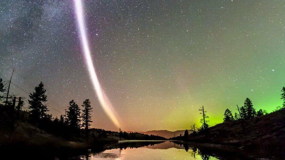 небесное явление в Канаде по имени Стив