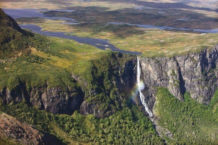 канада водопад