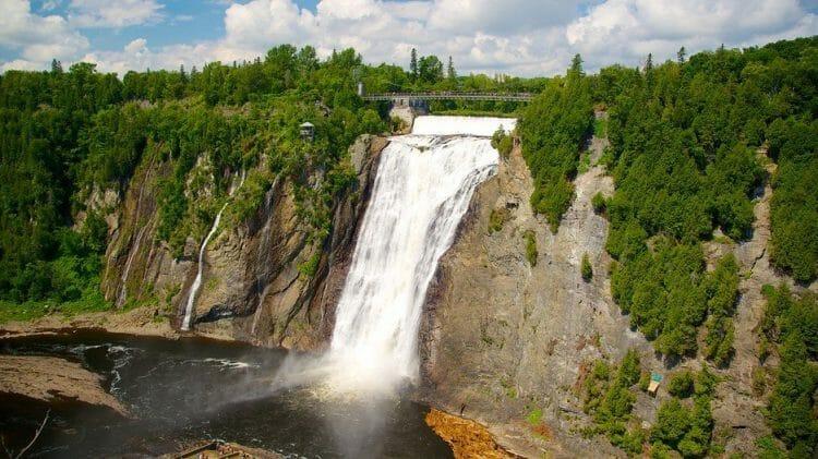 Водопад канада