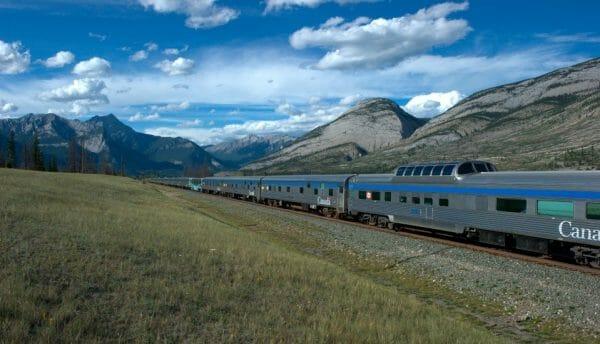Информация о путешествии на поезде по Канаде