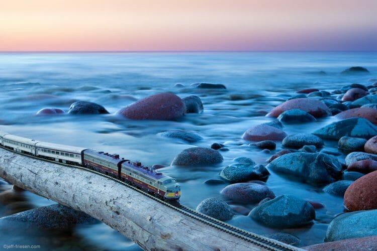 проект поезд путешествует по Канаде
