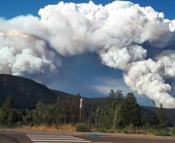 фото лесной пожар в Канаде