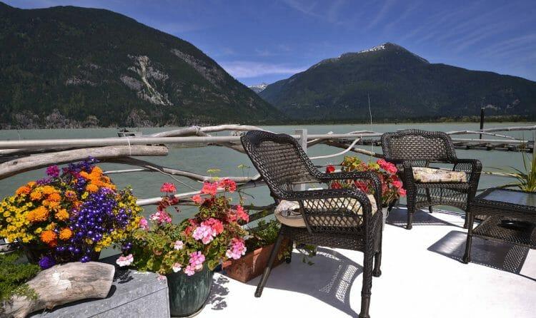 плавучий отель Канада