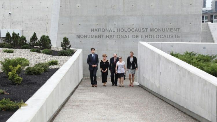 Мемориала Холокоста в Канаде