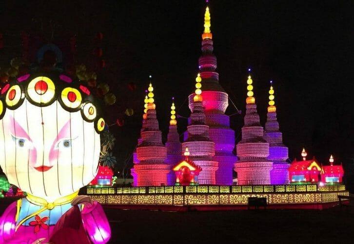 фестиваль китайских фонарей в Ванкувере