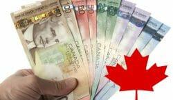 средние зарплаты в Канаде