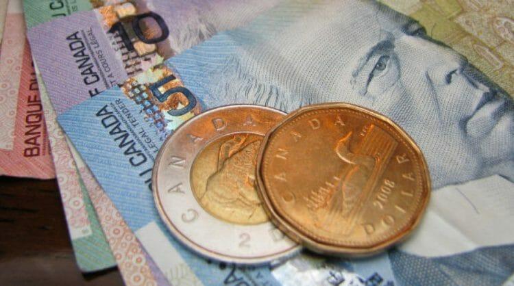 минимальная зарплата Британская Колумбия
