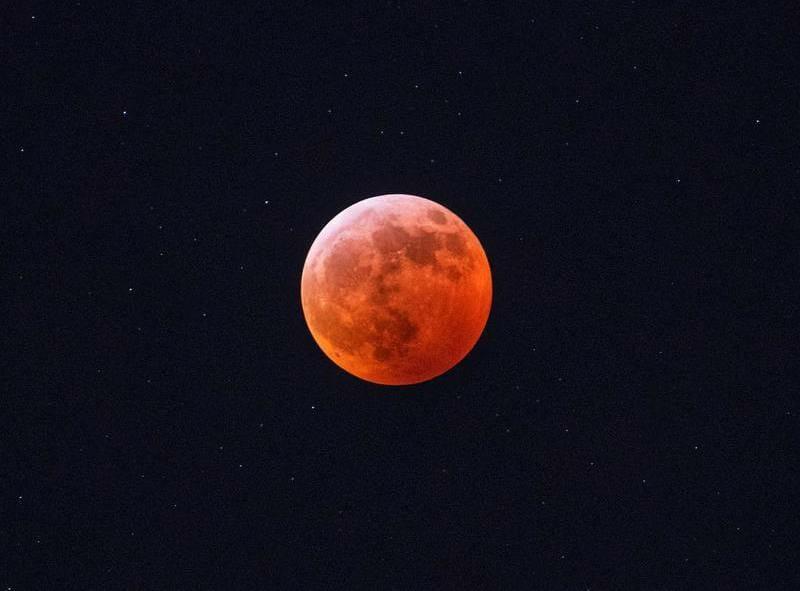 кровавая луна 2019 Канада