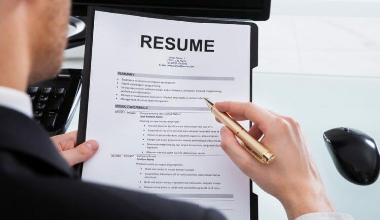написание резюме для поиска работы в канаде