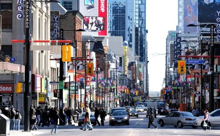 экономика Торонто