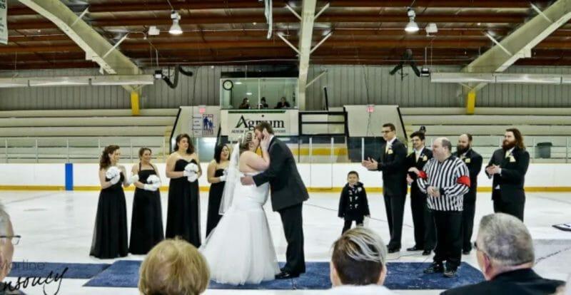 свадьба хоккей