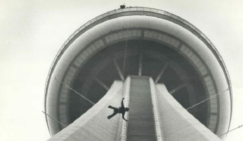 cn tower в кино