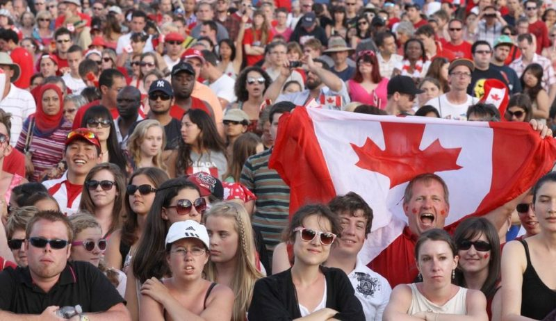 население канады 100 млн