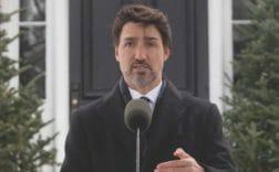 канада поможет гражданам
