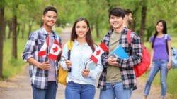 канада помощь студентам