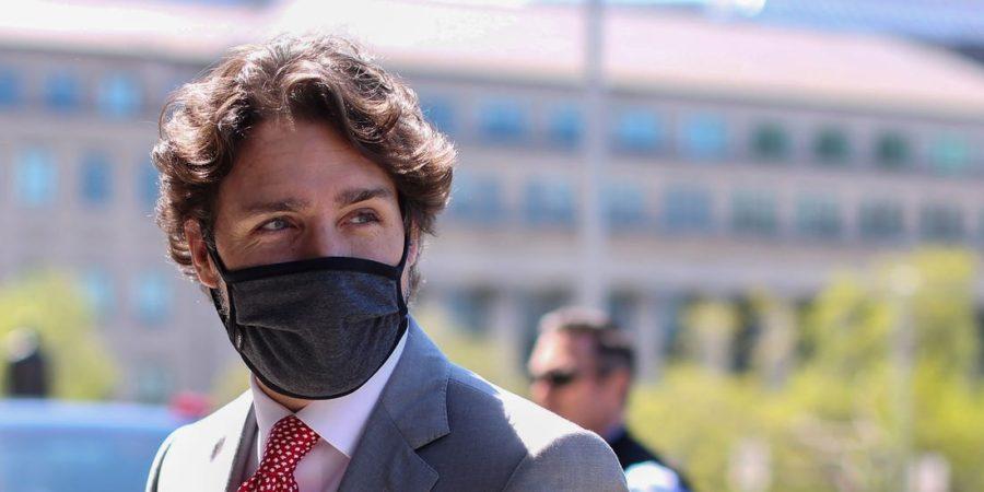 трюдо в маске