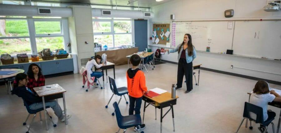 канада открытие школ