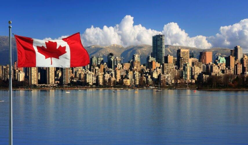 сколько стоит жизнь в канаде