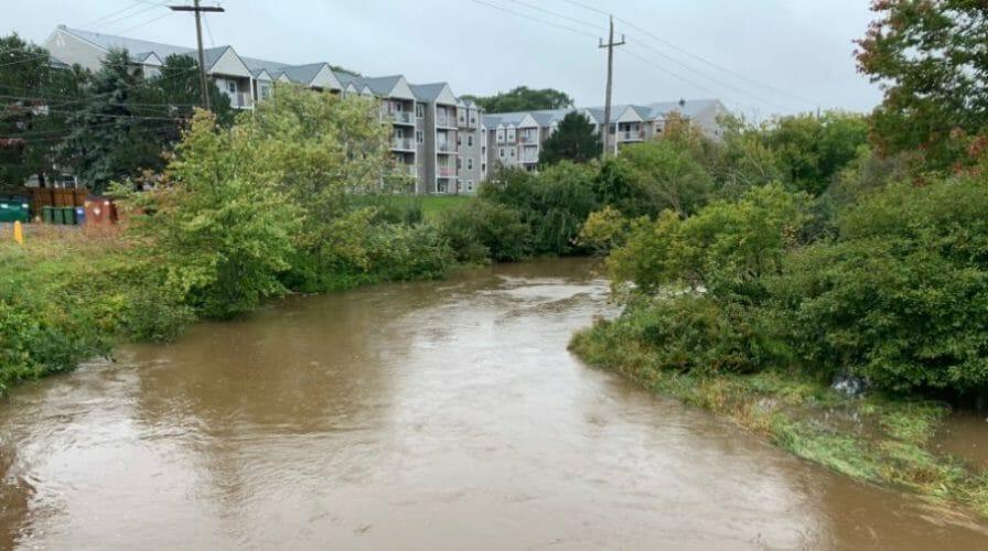 канада ураган 2020