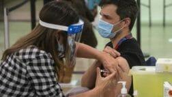 вакцинация в канаде