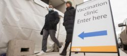 канадцы верят вакцина