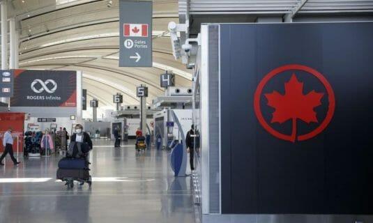 аэропорт канада